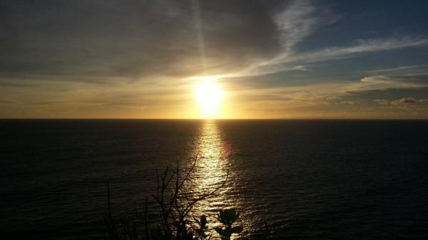 sunset di uluwatu