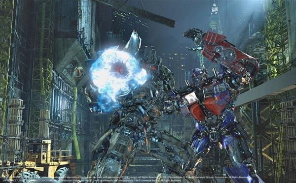 Sci-Fi City - TRANSFORMERS The Ride - OPTIMUS PRIME battles MEGATRON