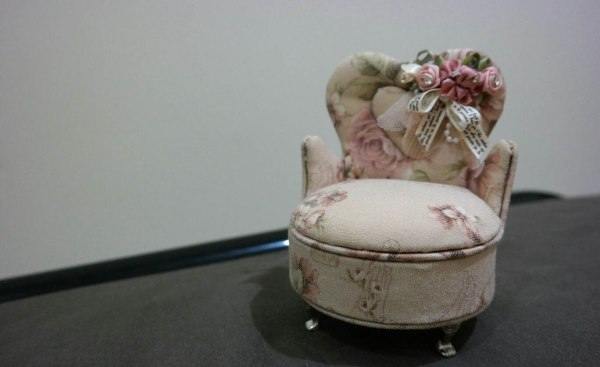 wedding ring bearer